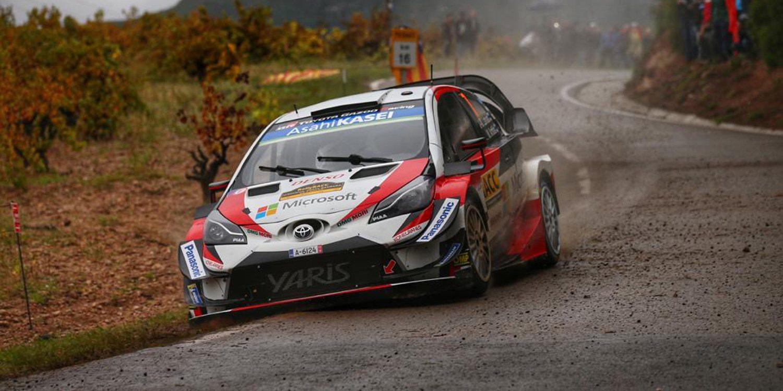 Latvala comanda y Ogier remonta en un apretado Rally de Catalunya
