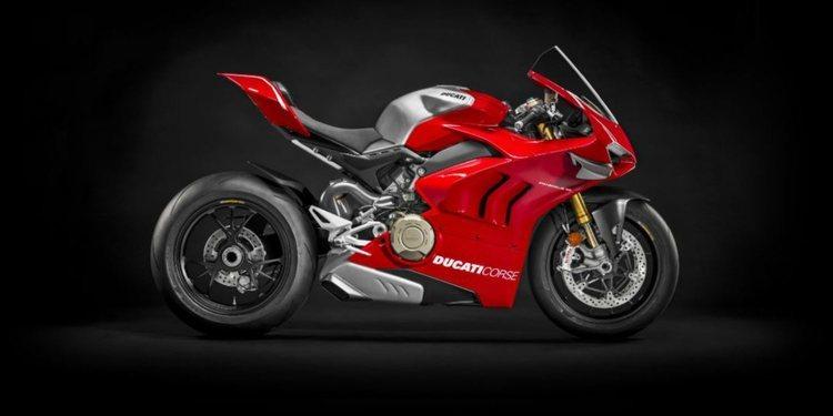 Presentación oficial en Milán de la nueva Ducati Panigale V4