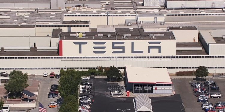 Una mirada a la gigantesca fabrica Tesla