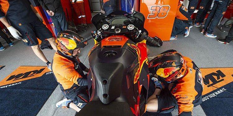 Dani Pedrosa no probará la KTM hasta febrero