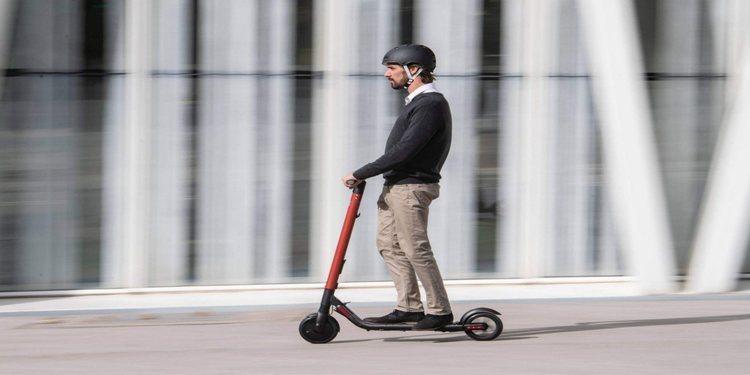 Seat anunció el eXS KickScooter