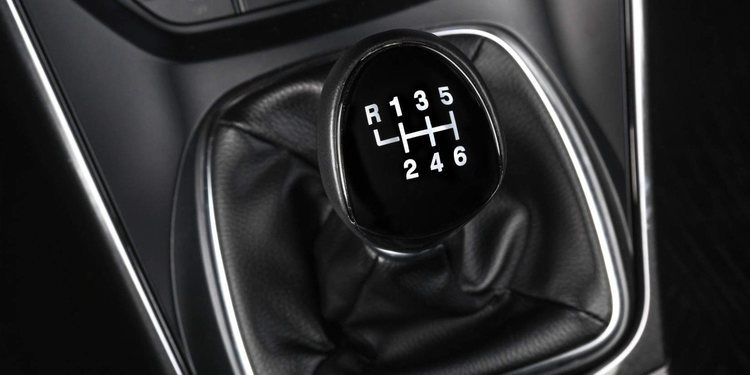 El dilema de las transmisiones automáticas o manuales