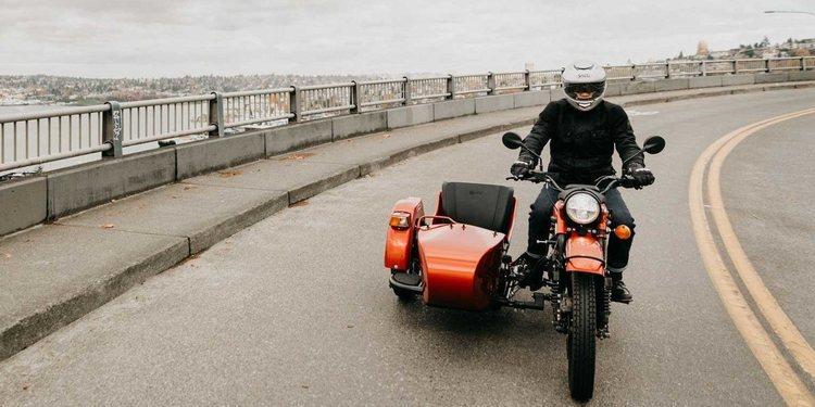 Ural sorprende con la E Project, una motocicleta eléctrica con sidecar