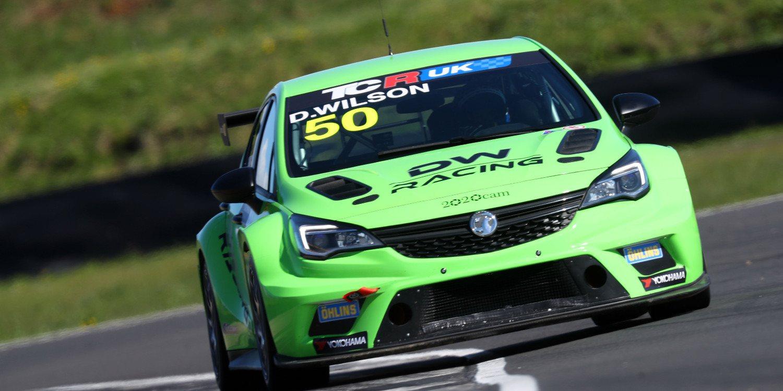 DW Racing coloca un Vauxhall Astra TCR en pista otro año más