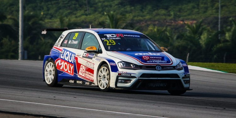 Debut brillante de Michael Cheah en Sepang