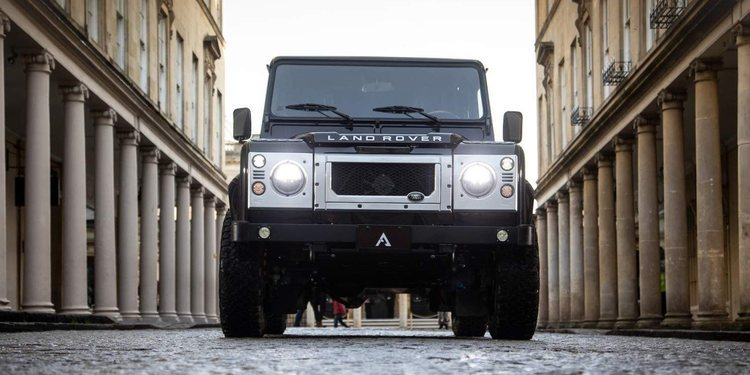 Land Rover Defender Restomod