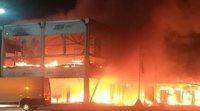 Un devastador incendio en el box de MotoE pone en duda el inicio del campeonato