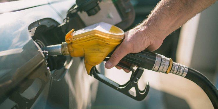 Las fugas de combustible en nuestro coche y su importancia