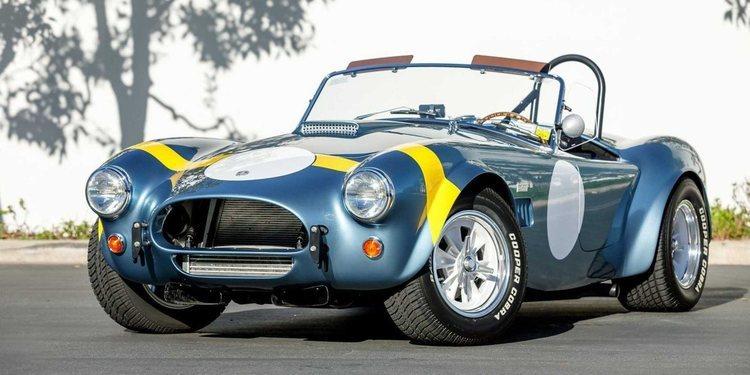 Shelby Cobra 50 aniversario edición especial