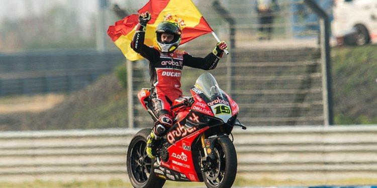 """Álvaro Bautista: """"Tenemos que trabajar para que la moto sea lo más competitiva posible"""""""