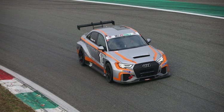Sabor ruso en la primera carrera de las TCR Italia