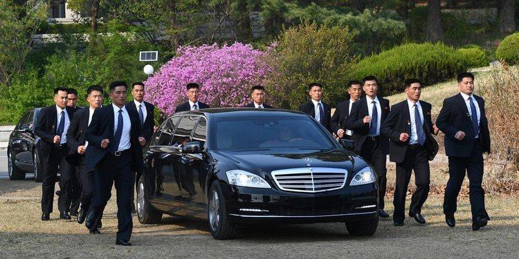 La limusina Mercedes-Benz blindada de Kim Jong-un
