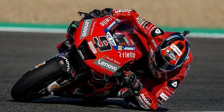 Petrucci es el más rápido en Jerez bajo la atenta mirada de Márquez