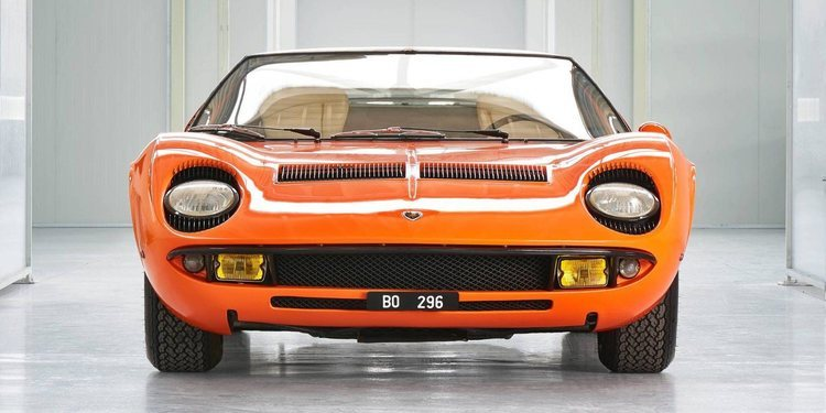 El histórico Lamborghini Miura P400 de Italian Job