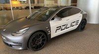 Tesla presentó un modelo 3 tipo patrulla