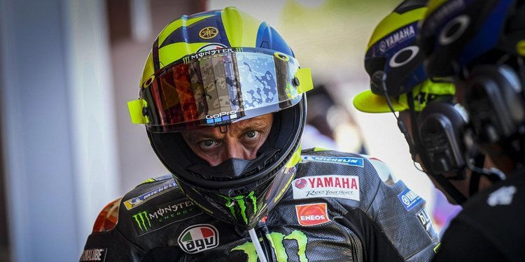 """Valentino Rossi: """"La curva 10 es más propia de un 'parking' que de un circuito"""""""
