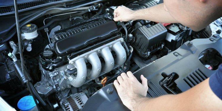 El cuidado de un motor a gasolina