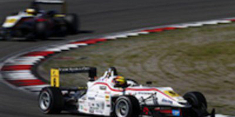Pascal Wehrlein vence la tercera manga de F3 Euroseries en Nürburgring y se mete en la pomada por el título