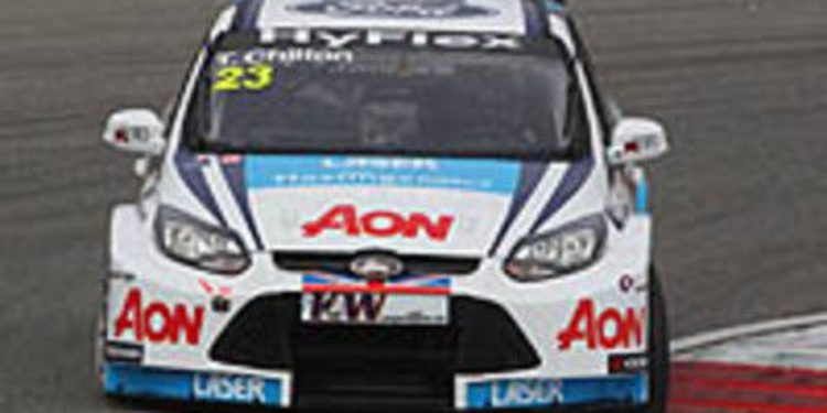 El Team AON probó en Brands Hatch