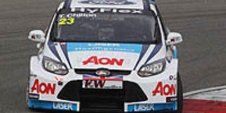 El Team AON probó en Brands Hatch