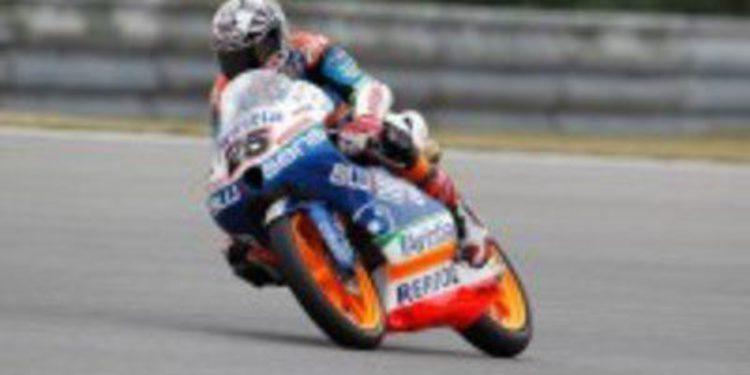 Maverick Viñales consigue una pole de moral en Brno