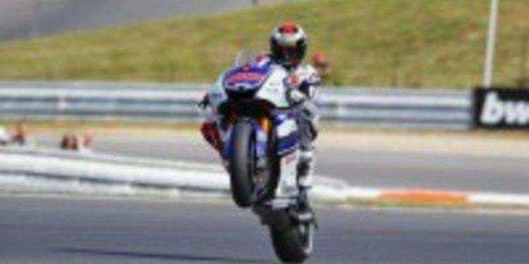 Jorge Lorenzo anota en Brno su cuarta pole de la temporada