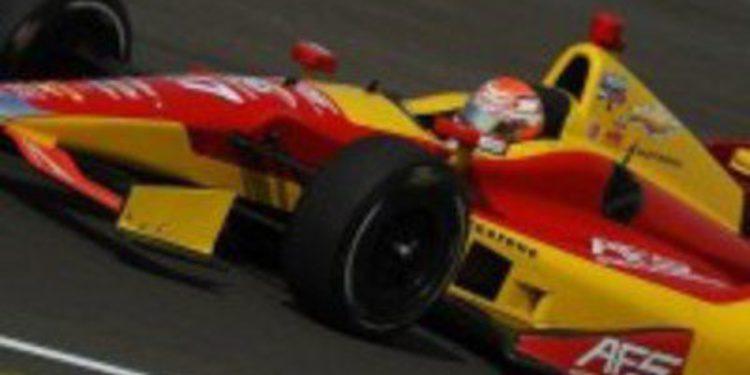 Sebastián Saavedra competirá con Andretti en Fontana