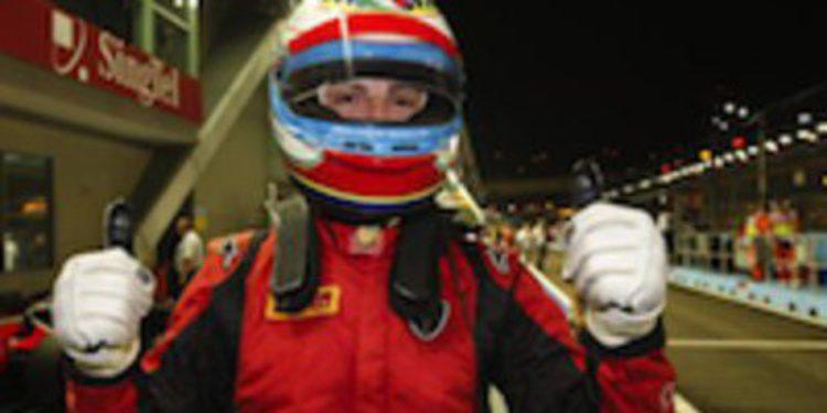 Luca Filippi consigue la pole de GP2 en Singapur alargando su regreso triunfal