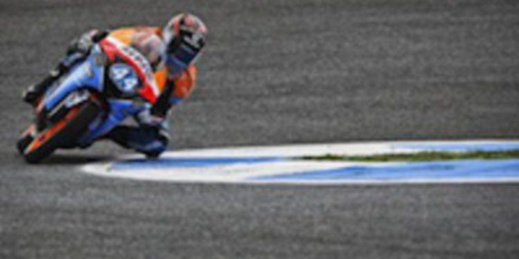 Miguel Oliveira hace pleno en los libres del viernes en Moto3 liderando los FP2