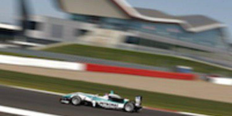Jazeman Jaafar golpea primero en los libres de Silverstone en el Británico
