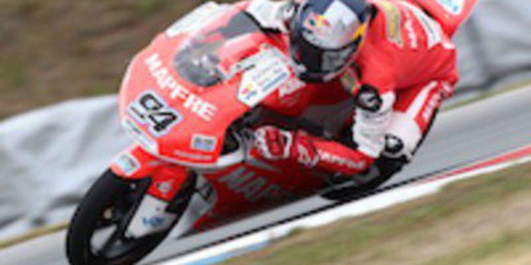 Jonas Folger se adjudica la pole de Motorland en Moto3