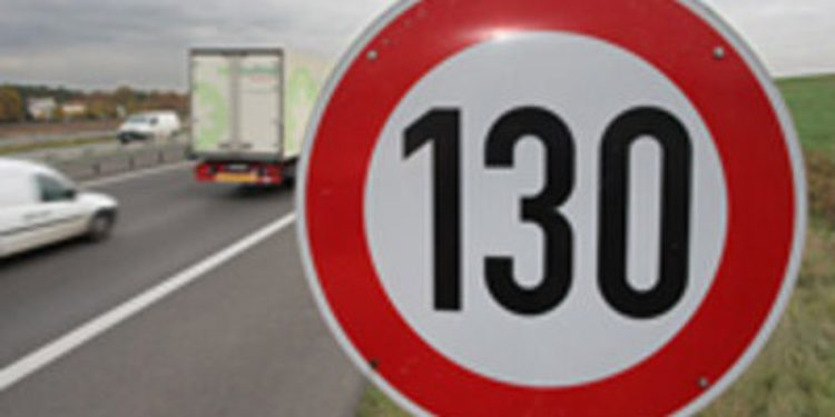 Vía verde a los 130Km/h en autopistas y autovías... pero no en 2013