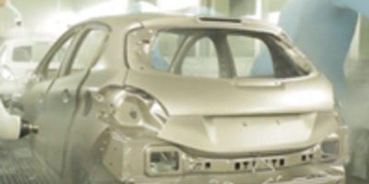 Paralizada la producción del Peugeot 208