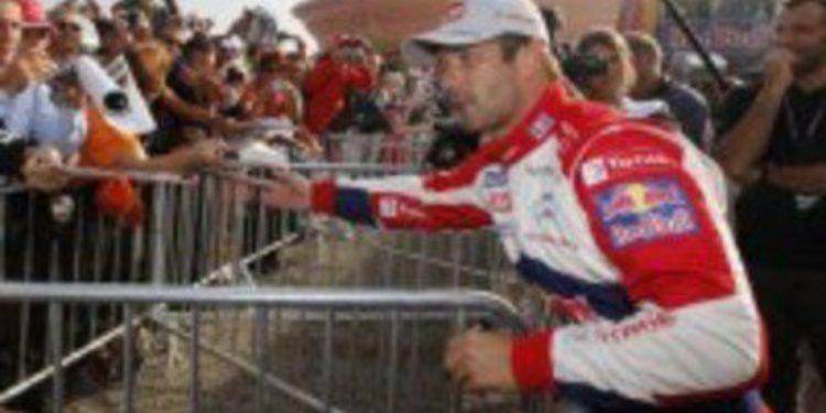 Sebastien Loeb domina la etapa 1 del Rally de Francia con Latvala presionando