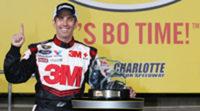 Greg Biffle marca la pole en Charlotte a ritmo de récord