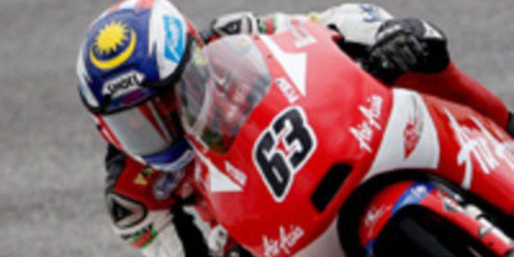 El malayo Zulfahmi Khairuddin consigue la pole de Moto3 en casa
