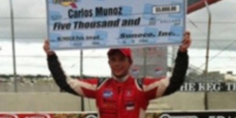 El colombiano Carlos Muñoz seguirá en la Indy Lights