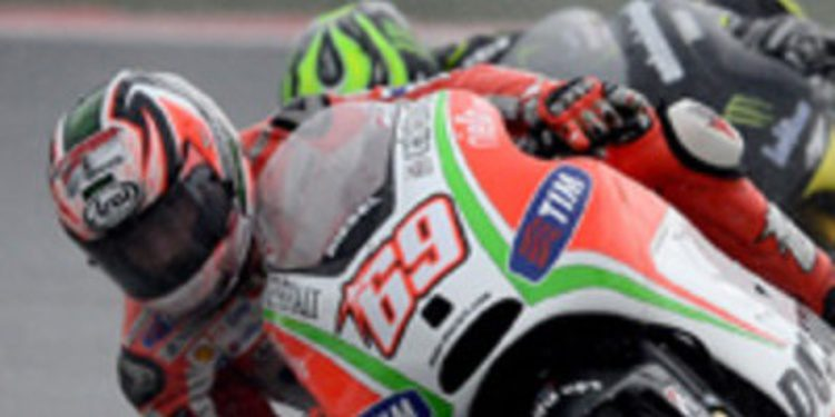 Ducati suma su mejor fin de semana de 2012 en Sepang