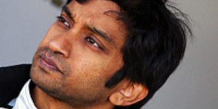 Narain Karthikeyan piensa en la IndyCar si deja la F1