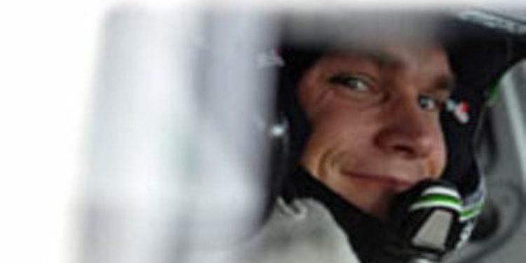 Andreas Mikkelsen comienza mandando en el Cyprus Rally