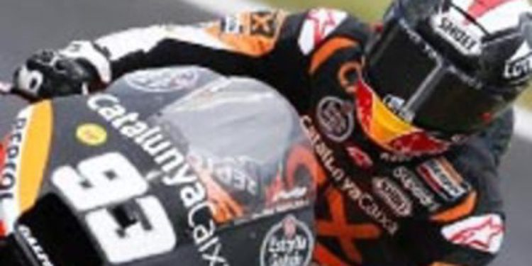 Marc Márquez se impone en los FP2 de Moto2 en Cheste con polémica