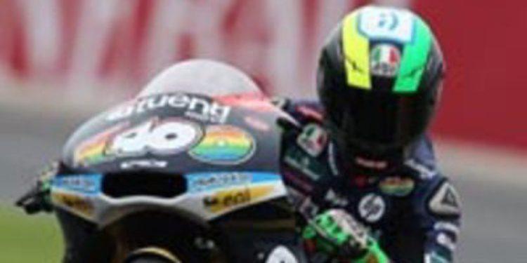 Pol Espargaró es el poleman de Moto2 en Cheste con caída incluida
