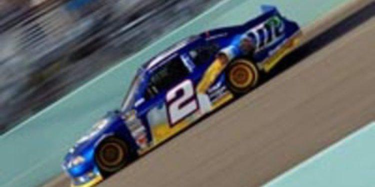 Brad Keselowski es el vencedor de la Nascar Sprint Cup 2012