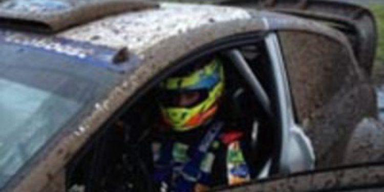 """""""Cohete"""" Suárez y los chicos de la WRC Academy prueban el Fiesta WRC"""