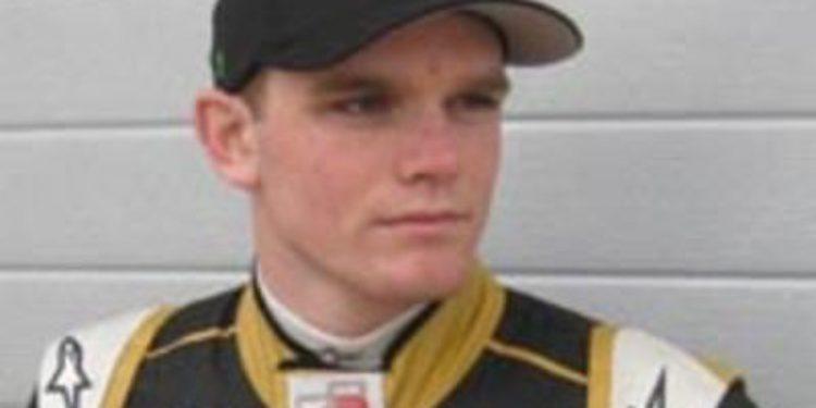 Conor Daly tentando por varios equipos de IndyCar