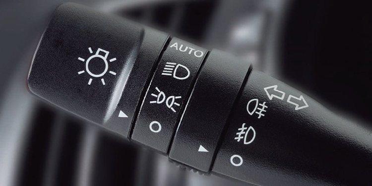 Las luces del coche y su importancia
