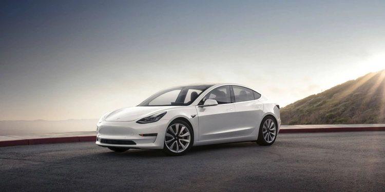 Dacia, Tesla y Citroën aumentan presencia en el primer semestre de 2019