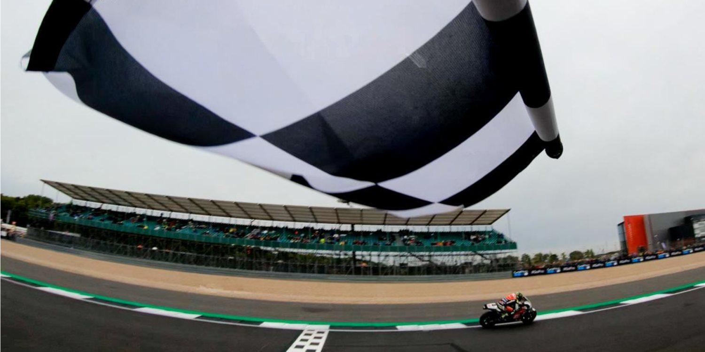 Vuelta al Circuito de Silverstone