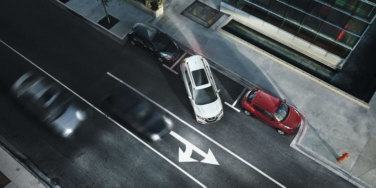 Sensores de aparcamiento semi-automáticos