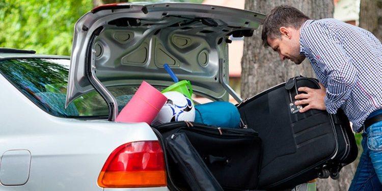 Los riesgos de sobrecargar de peso el coche